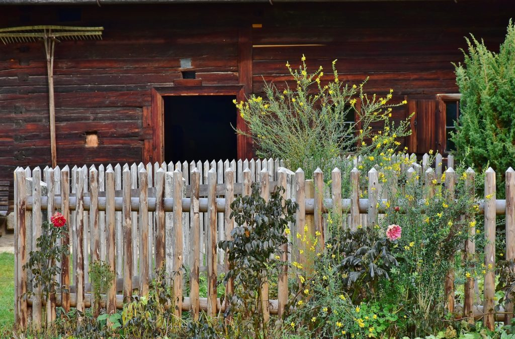 natural look fence